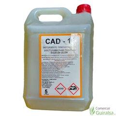 Detergente Desengrasante CAD-16 con espuma para todo uso bajo en olor. Envase de 5 litros
